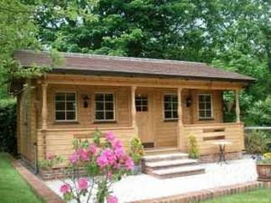 Best-Small-Log-Cabin-Ideas-With-Awesome-Decoration-09-