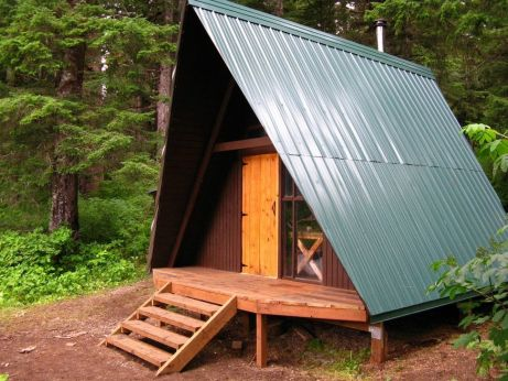 Best-Small-Log-Cabin-Ideas-With-Awesome-Decoration-22-