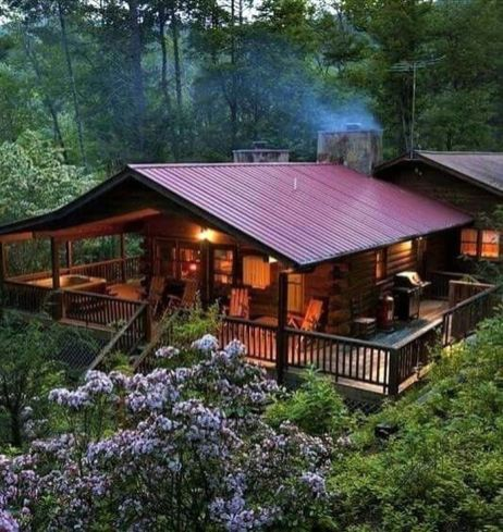 Best-Small-Log-Cabin-Ideas-With-Awesome-Decoration-23-