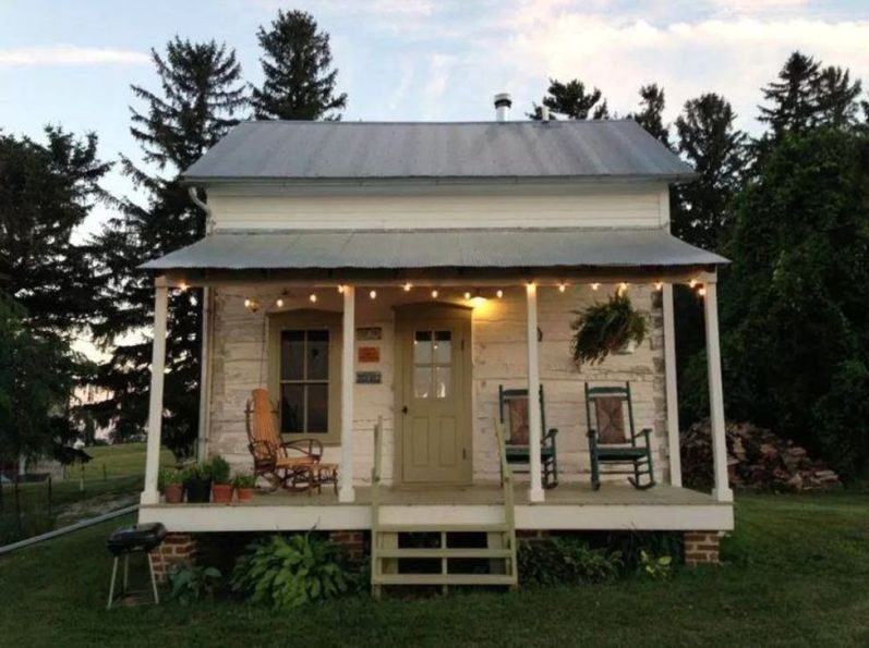Best-Small-Log-Cabin-Ideas-With-Awesome-Decoration-45-