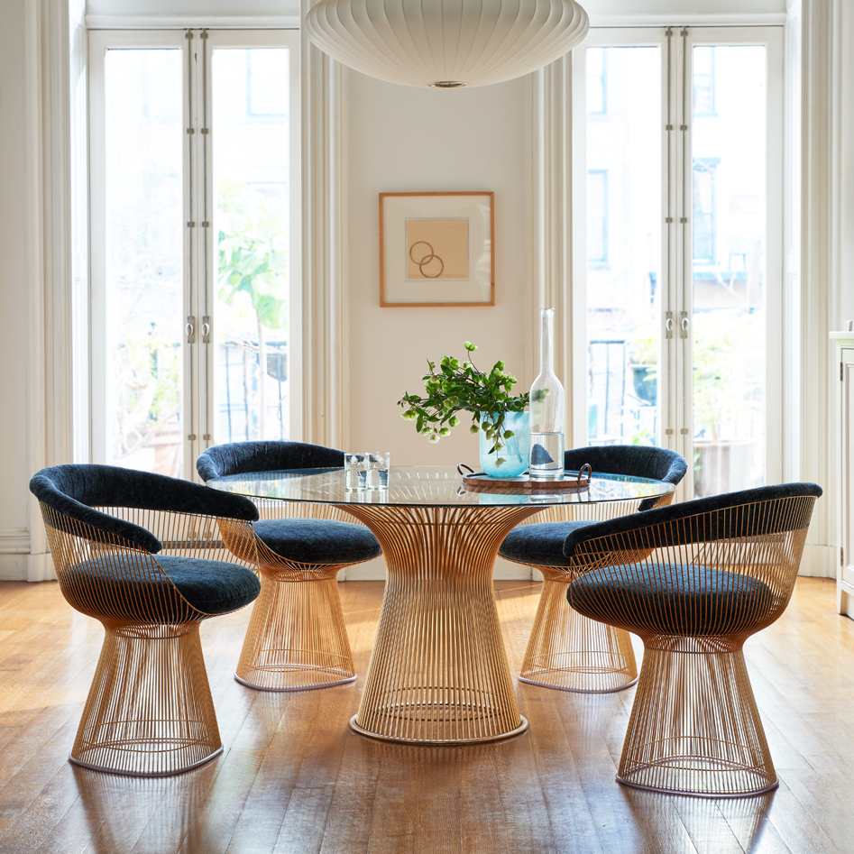 51 Pedestal Dining Tables that Offer Maximum Style and Chair Space